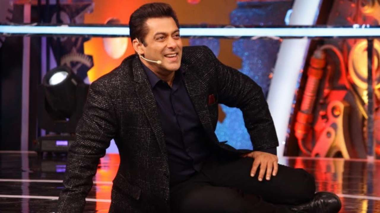 Salman Khan Played The Role Of Bigg Boss For Just One Day And Gave Everyone Fun Tasks!